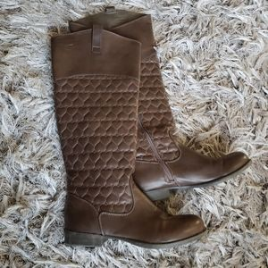 Betsey Johnson Betseyville Quilted Heart Boots